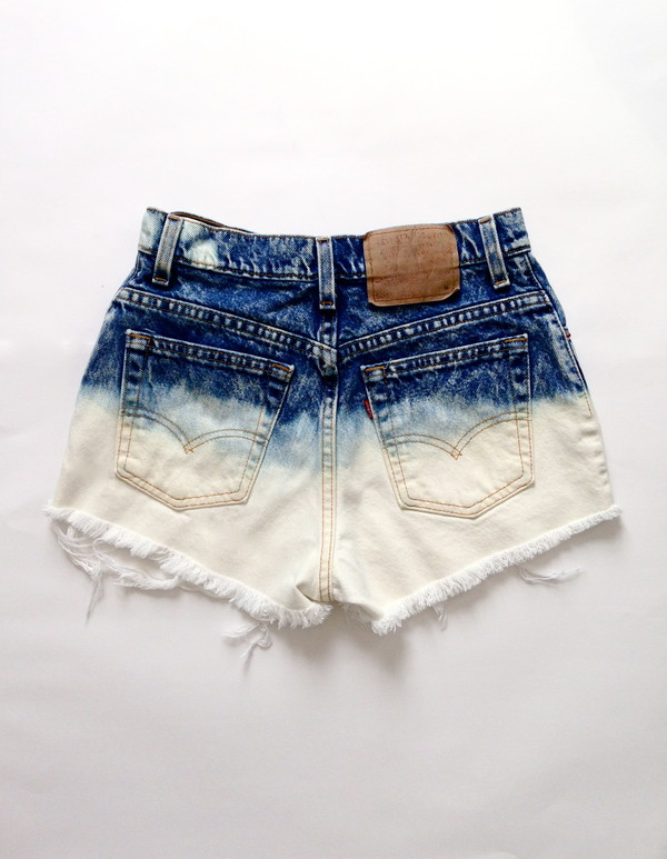 shorts denim ombre high waisted levis levi's levi's shorts ombre ombre shorts High waisted shorts High waisted shorts high waisted denim shorts