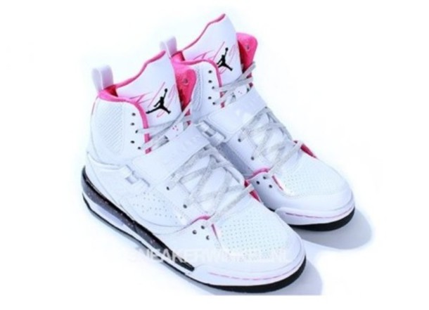 new products 9f35d edf0c Get the shoes for at - Wheretoget