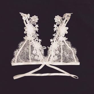 underwear floral white white bralette lace lace bralette white eyelashes white lingerie white lace lace lingerie lingerie sexy sexy lingerie