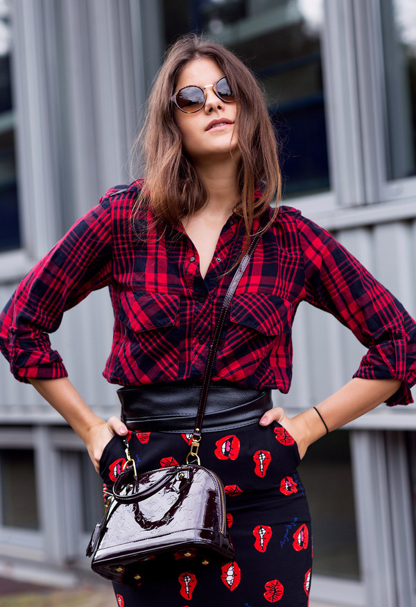 the fashion fraction blogger flannel shirt lip print pencil skirt tortoise shell sunglasses printed skirt louis vuitton bag louis vuitton designer bag