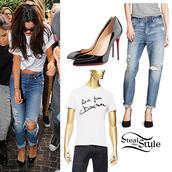 shirt,boyfriend jeans,black heels,sunglasses,pants,shoes,top