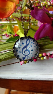 jewels,the glitzy hen,bronze,bronze necklace,music necklace,music note necklace,treble clef,pendant,blue,fashion jewelry