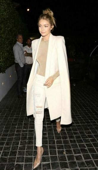 coat top bodysuit jeans ripped jeans pumps gigi hadid fall outfits