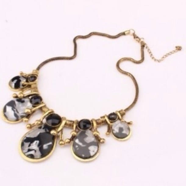 jewels gold gold sequins gold jewelry necklace statement necklace statement black black stone
