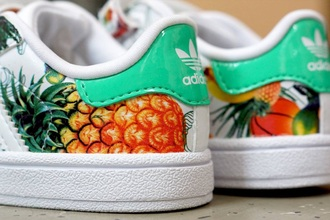 shoes hawaï tropical pineapple pineapple print adidas stan smith white sneakers sneakers sportswear cool fashion style hot summer