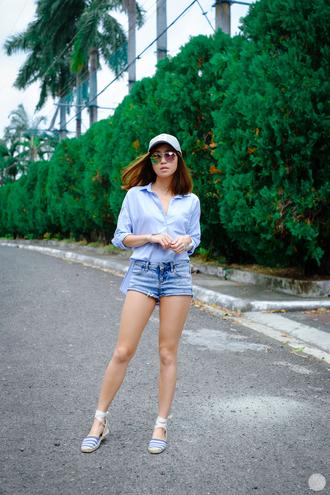 kryzuy blogger denim shorts blue shirt cap mirrored sunglasses summer outfits
