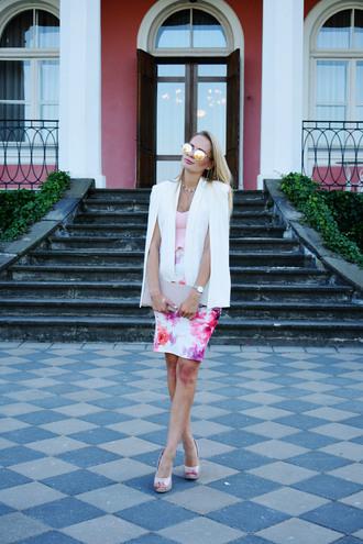 callmemaddie blogger jacket top skirt shoes bag jewels blazer fall outfits clutch floral skirt pumps peep toe pumps