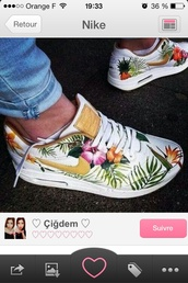 shoes,nike,sneackers,tropical,floral,flowers,air max,shoes nike airmax floral,SOLESclusive,fall boots look at picture above,boots fall,nike shoes,style,90s style,shorts,nike air max 90,white,nike air,nike air max white tropical
