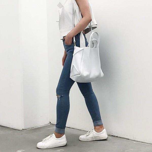 Shoes white bag tumblr girl tumblr girl jeans - Wheretoget