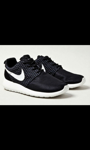 black shoes shoes platform sneakers nike roshe run trainers running shoes orange grey pattern