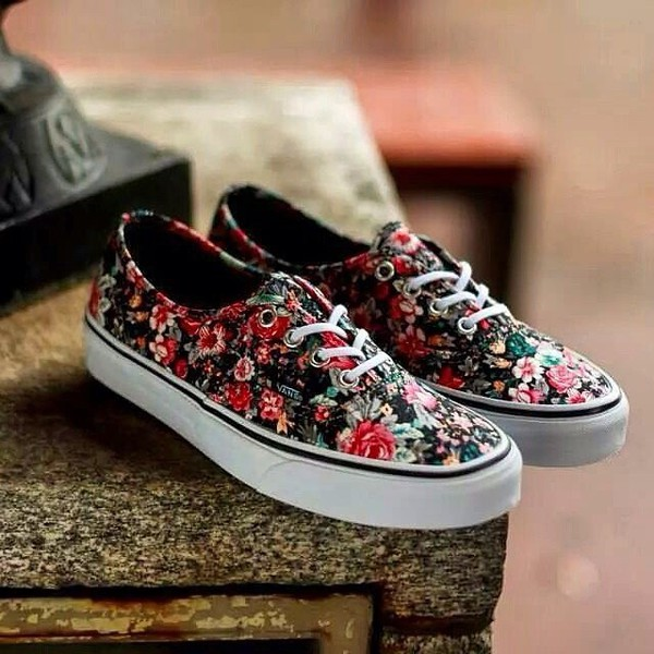 Womens Floral Flower Shoes