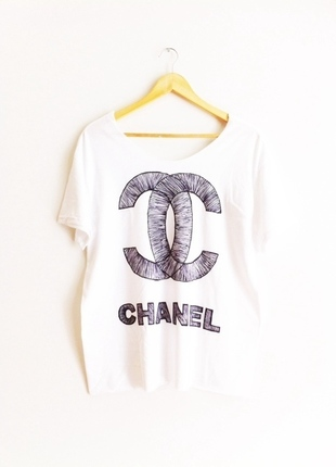 New Arrival! Chanel Scribble t-shirt