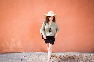 betty blogger shirt skirt shoes bag hat sunglasses