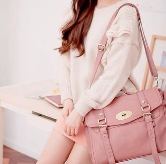 bag pastel cute kawaii pink bag girly pastel pink bag cute bag pastel colors girly bag all cute outfits kawaii bag ulzzang ulzzang fashion i want that bag pretty pretty bag feminine bag adorable it's so adorable cute outfit cute  outfits passions for fashion pastel bag