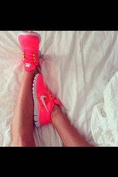 shoes,nike running shoes,workout,perfection,pink by victorias secret