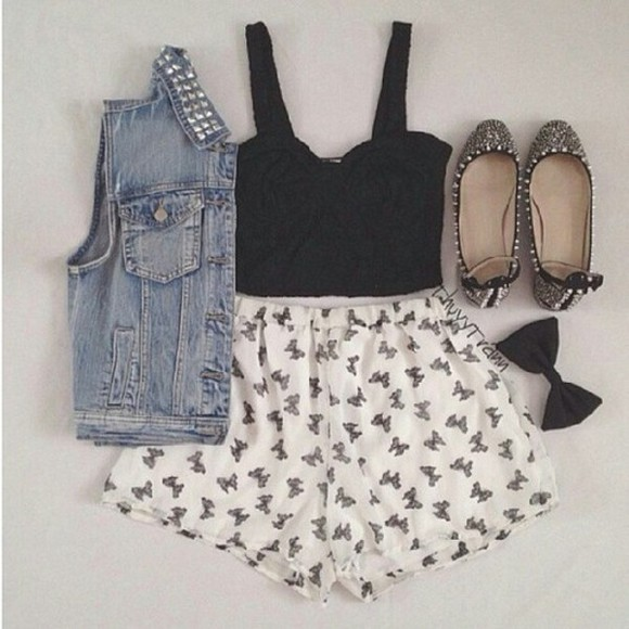black studs stud shorts bow bow shorts vest denim vest denim studded denim vest studded studded vest flats cute girly edgy