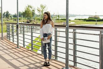iemmafashion blogger blouse jeans shoes bag jewels