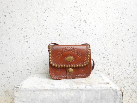 Vintage Brown Leather Shoulder Bag / Leather Purse by VindicoShop