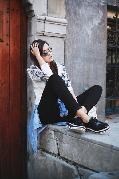 style scrapbook blogger sunglasses jacket top jeans