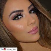 make-up,rccosmetics,makeup palette,makeup bag