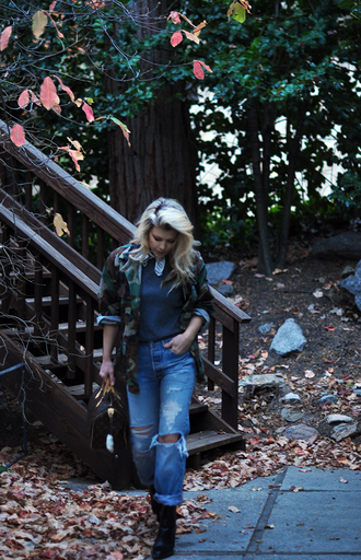 love maegan blogger jeans jacket sweater scarf shoes fall outfits camo jacket boyfriend jeans ankle boots