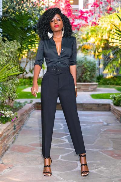 blogger shirt pants shoes black pants sandals high heel sandals black shirt