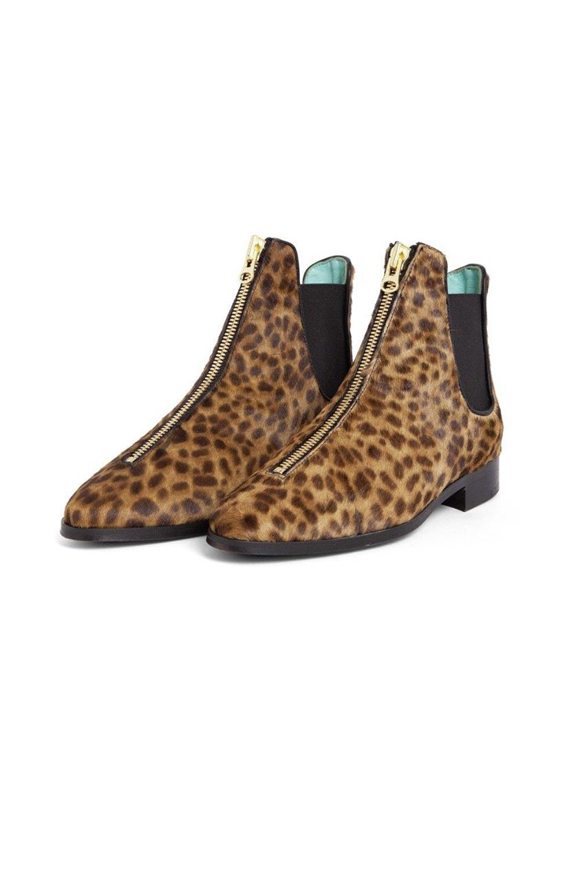 Duchesse boots in leopard printed leather | Heimstone