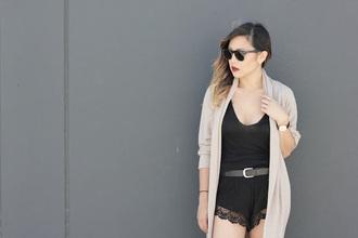 marilyn noir blogger cardigan shorts top belt shoes sunglasses jewels