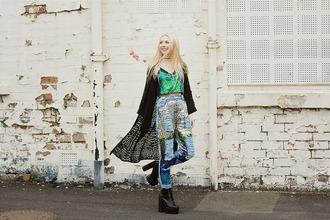 kayla hadlington blogger top jeans