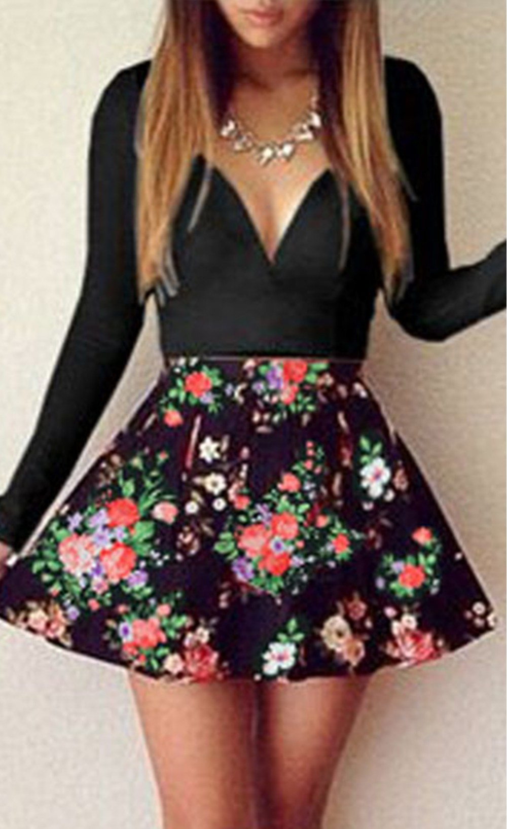 White sweet plunging neck floral skater dress