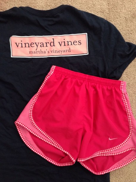 shorts nike running shoes nike excercise running preppy vineyard vines pink