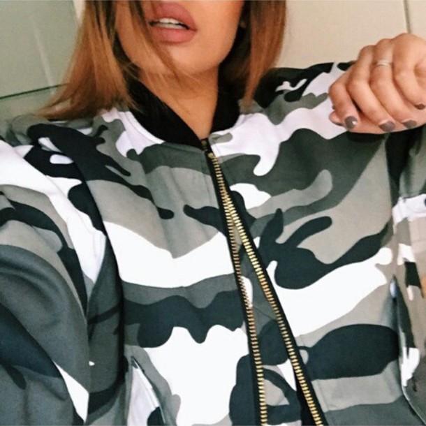 jacket camouflage black and white zip up jacket zip up bomber jacket bomber jacket camo jacket camouflage tumblr girl gold hardware urban coat