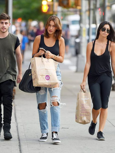 jeans bella hadid