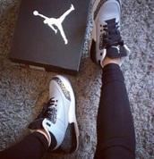 shoes,nike,jordan,grey,nikejordan,brands,best,ever
