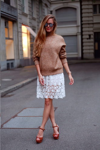 bonsoir cherie blogger dress fall outfits knitted sweater beige sweater lace dress red heels