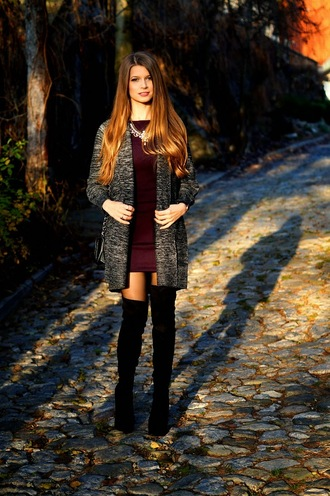 only my fashion style blogger cardigan jewels thigh high boots