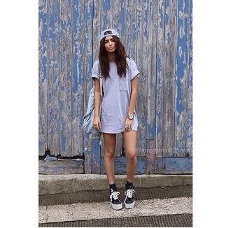 dress grey t-shirt cotton oversized t-shirt dress blue dress blue hat vans black socks hat cap shirt shorts shoes socks bag backpack watch blue black white top crewneck swag urban clothes vintage sneakers grunge style blouse grey t-shirt