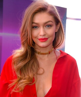 jewels jewelry necklace gold necklace gold choker necklace gold choker gigi hadid gigi hadid style celebrity style model