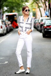jeans,cropped bootcut white jeans,cropped bootcut jeans,cropped jeans,white jeans,shirt,striped shirt,shoes,black and white shoes,sunglasses,aviator sunglasses,spring outfits,streetstyle,cropped bootcut ripped jeans,black and white stripe shirt,distressed white jeans,black and white oxfords,blogger