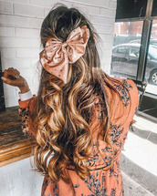home accessory,tumblr,hair,hair bow,hairstyles,long hair,ombre hair,curly hair