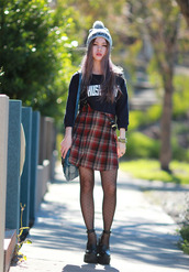 chloe ting,skirt,hat,sweater,shoes,bag