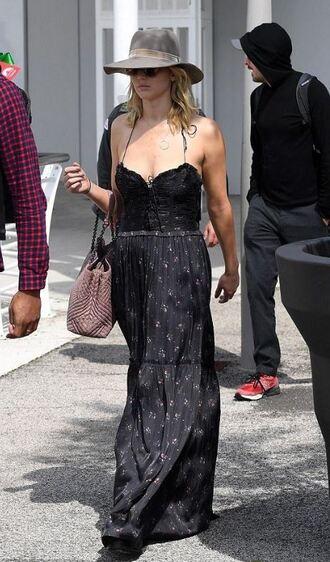 dress maxi dress summer dress summer outfits hat jennifer lawrence streetstyle venice
