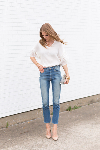 top jeans white top shirt white shirt pointed toe pumps bag denim high wasted denim jeans