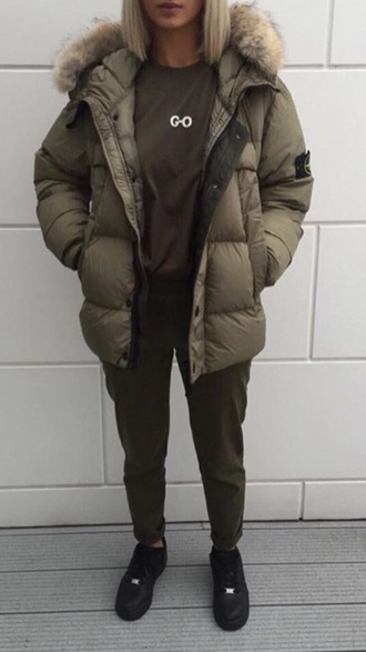 coat khaki khaki coat puffer jacket fur urban green army green jacket army green winter coat oversized oversized jacket tumblr tumblr outfit tumblr clothes tumblr girl instagram love fur hood parka streetstyle streetwear casual
