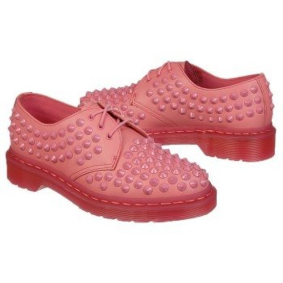 shoes studded shoes studs rivets spikes spiked shoes pink dr marten