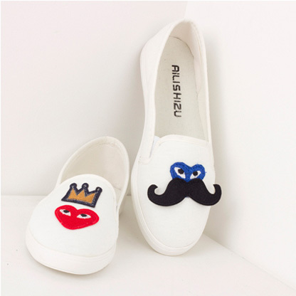 [grhmf219000040]Cute Leisure Cartoon Embroidered Round Toe Loafers
