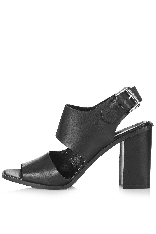 React block sandals