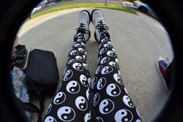 tights black and white yin yang black leggings ying yang leggings yin andyang leggings hipster grunge grey sweater pants hippie shoes