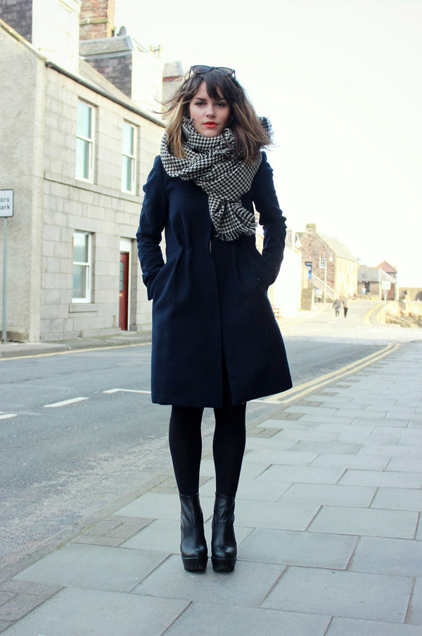 the little magpie coat scarf shoes
