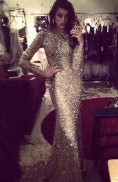 dress,formal,prom,sparkle,glitter,model,long,long sleeves,jewels,gold sequins,long prom dress,sequin dress,gold,promdress gold sexy long,gold sparkle,little black dress,maxi dress,lace dress,sparkly dress,long sleeve dress,beige dress,prom dress,sequin prom dress,short dress,party,gold glitter dress prom queen long,gems,evening dress,evening outfits,elegant,gold sparkle dreas,long dress,gold dress,gold sparkly prom dress